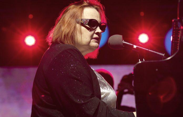 American pianist Diane Schuur