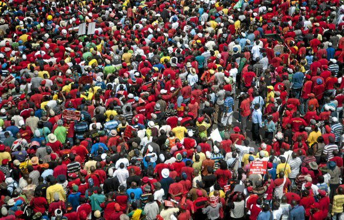 The average age of Cosatu members across different unions is 40