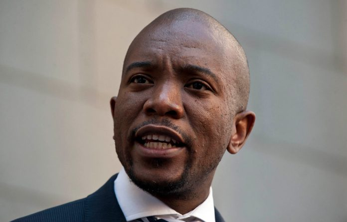 """Maimane has until 6pm on Monday to issue a media statement and newsletter to apologise for """"false and defamatory"""" statements made to the media."""