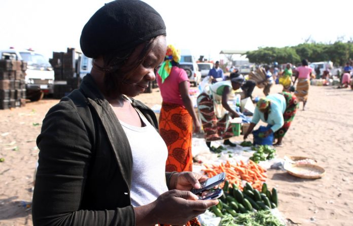 Mo-Woza cross-border traders. Regional groups have focused attention on easing cross-border activities