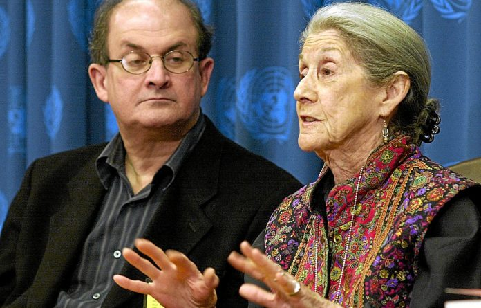 Booker winners: Salman Rushdie and Nadine Gordimer at the United Nations in 2004 for the launch of 'Telling Tales'