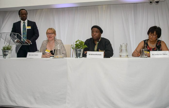The panel at the CSI That Works corporate-interest breakfast consisted of Lisa Vetten