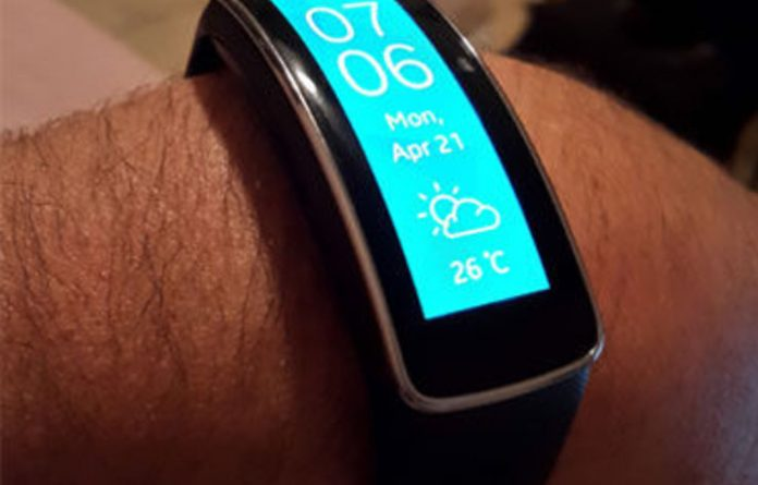 ?The Gear Fit is preloaded with apps and currently there is no ability to load other apps on the band.