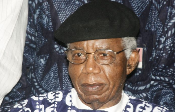 Nadine Gordimer described Chinua Achebe as a fearless writer.