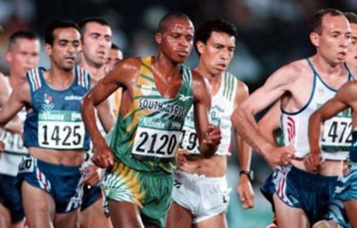 Hendrik Ramaala competing in the 10 000m event at the 1996 Olympic Games in Atlanta