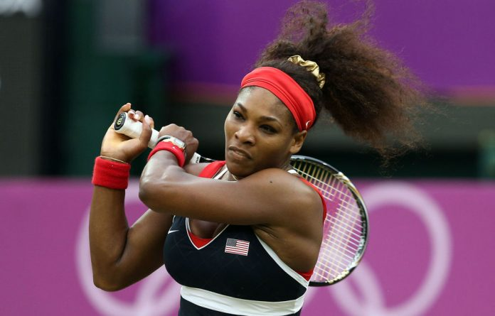 Serena Williams has made it into the Olympics quarterfinals and is hoping to win her first singles gold after beating Vera Zvonareva.