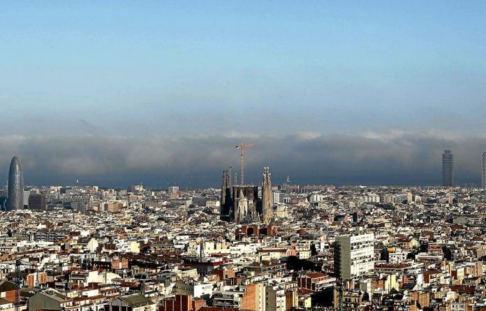 Barcelona treats its notoriety as a pickpocketing playground with a zesty inverted snobbery