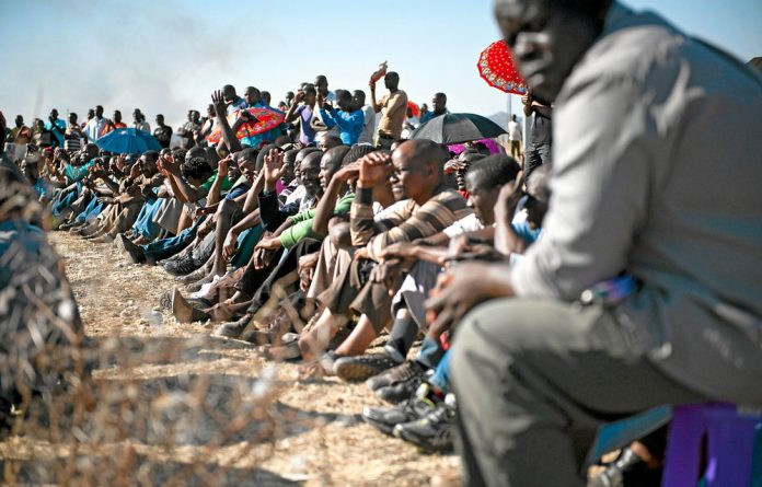 The Socio-Economic Rights Institute says the families of those killed in Marikana want to attend the Farlam commission but need funds to travel.