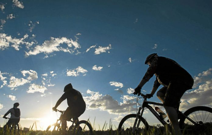 Country roads: The trails at Emmerentia Dam offer a ride with a rural feel in the middle of Johannesburg.