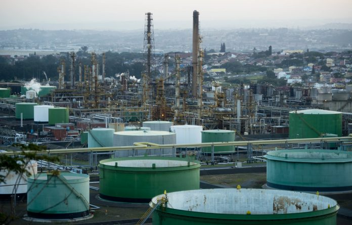 The Engen refinery in South Durban has gone to court to stop residents from protesting there.