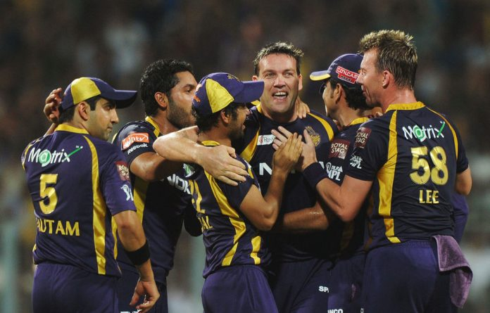 Jacques Kallis made a crucial 49-ball 69 for the Kokata Knight Riders to take them to their first Indian Premier League win.