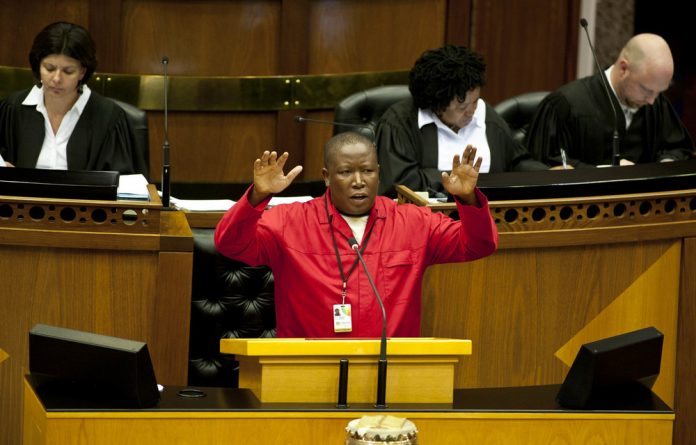 It took a vote from the MP's to get the business of the day underway after the EFF disrupted the session.