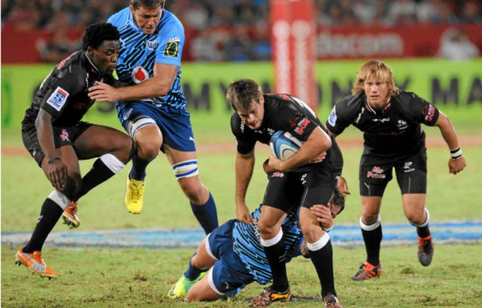 The Bulls and the Sharks are still in the running to get to the 2012 Super Rugby semifinals.