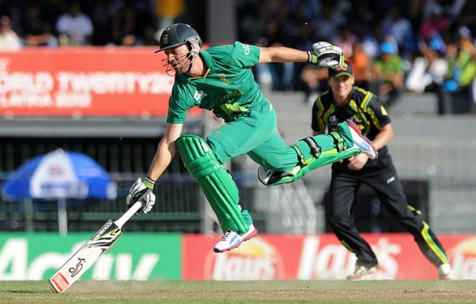 South African captain AB de Villiers runs between the wickets during the ICC Twenty20 Cricket World Cup's Super Eight match between South Africa and Australia at the R. Premadasa International Cricket Stadium in Colombo