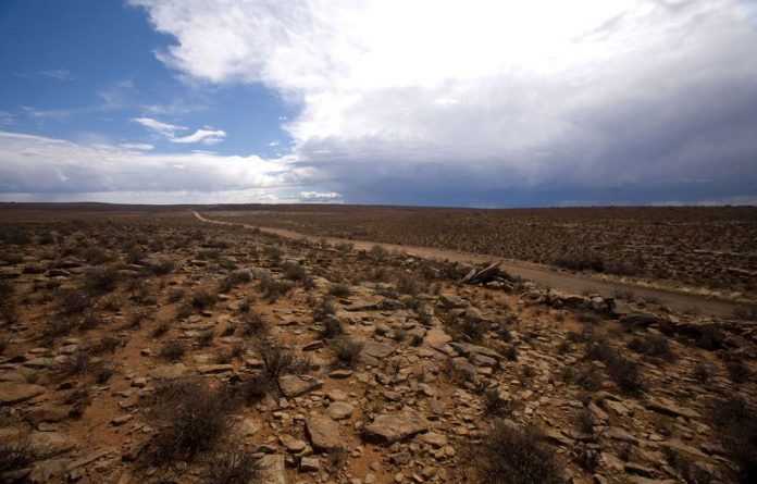 The Democratic Alliance's federal congress has dropped a contentious resolution greenlighting hydraulic fracking in the Karoo.