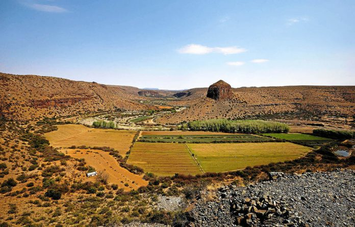 Irrigated farmland near Nieu-Bethesda. Critics say fracking would put extreme pressure on the Karoo's water resources.