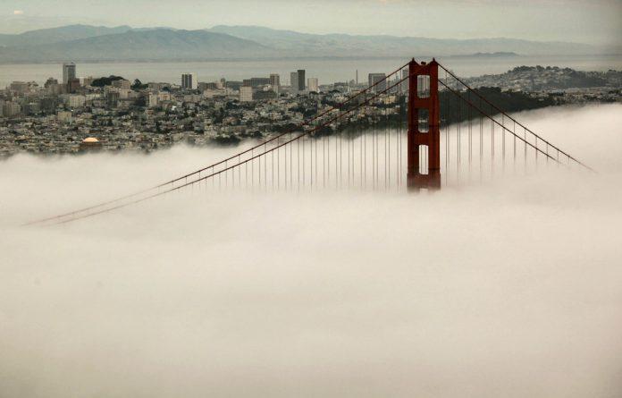 Mango-red: San Francisco houses
