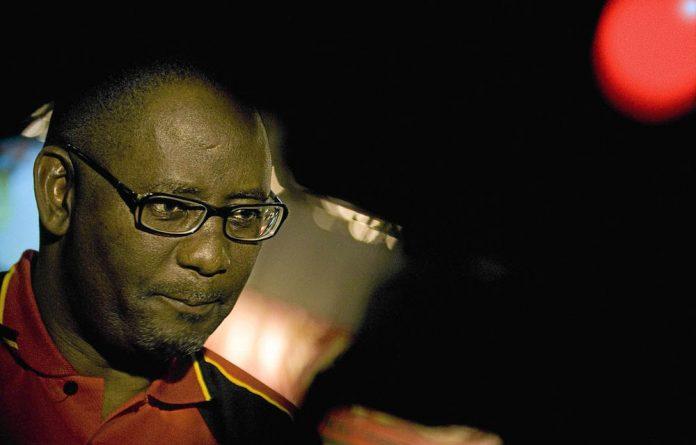 Zwelinzima Vavi has condemned the splinter union