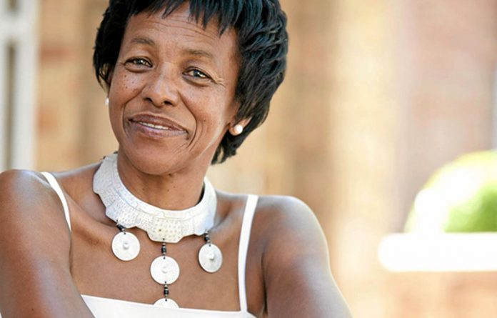 Former SAA CEO Khaya Ngqula has told former chairperson Cheryl Carolus he plans on suing her for defamation.