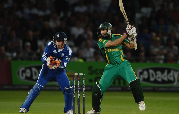 Hashim Amla in action during the 5th NatWest Series ODI match England and South Africa.