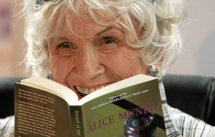 Alice Munro: Simple but detailed stories.