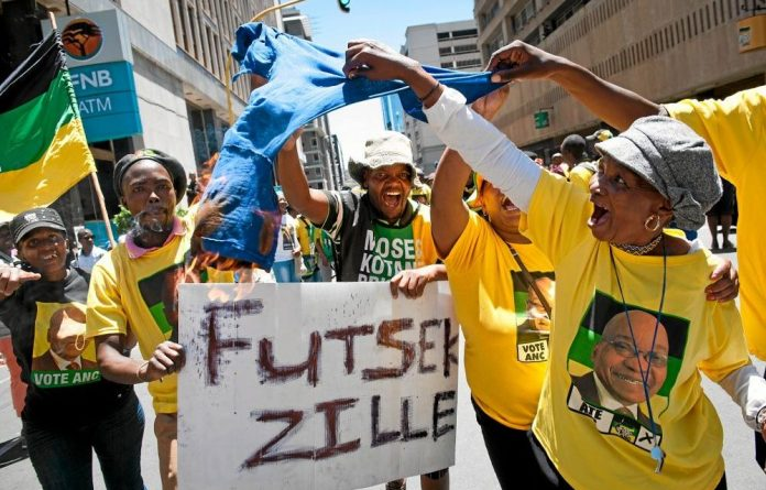 ANC supporters cut short a DA march to Luthuli House by engaging in intimidatory behaviour.