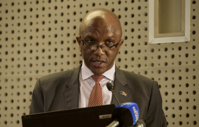 A report by auditor general Kimi Makwetu reveals 'management lapses' at SAA.