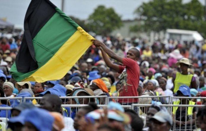 Despite criticism of corruption
