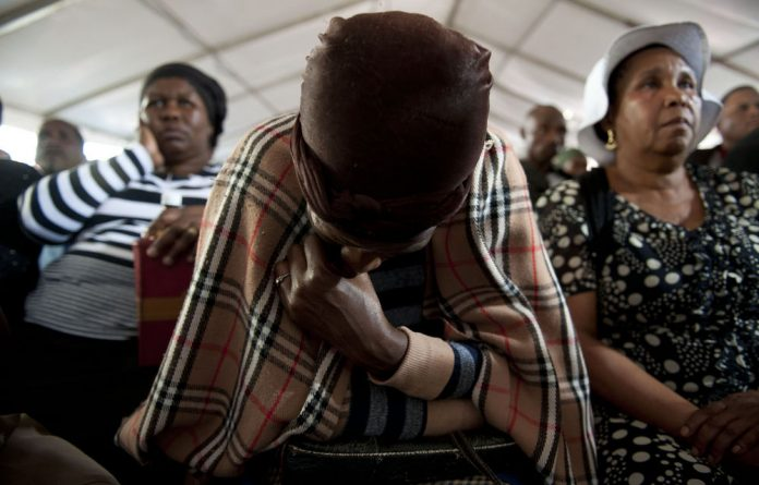The justice department says it's under no legal obligation to fund the families of the victims of the Marikana killings attending commission hearings.