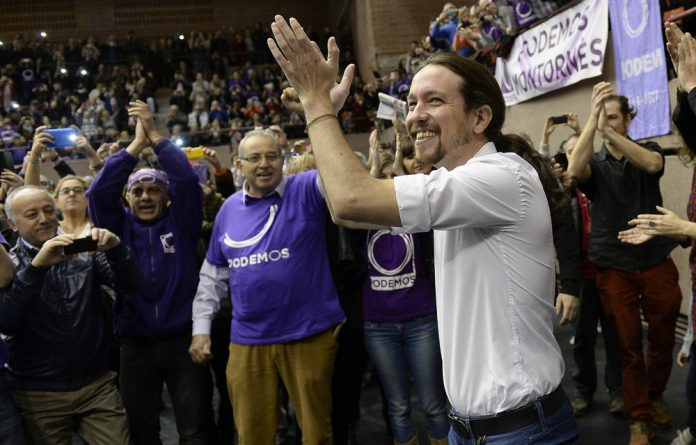 Support for Spain's ruling People's Party still outweighs left-wing newcomer Podemos.