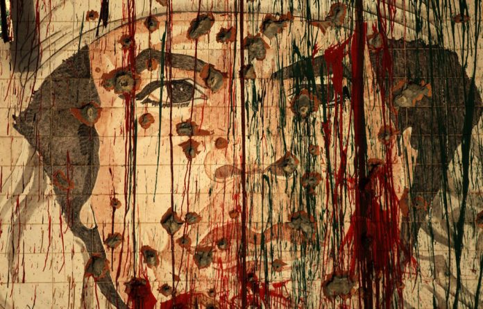 Human Rights Watch has alleged that pro-Muammar Gaddafi fighters