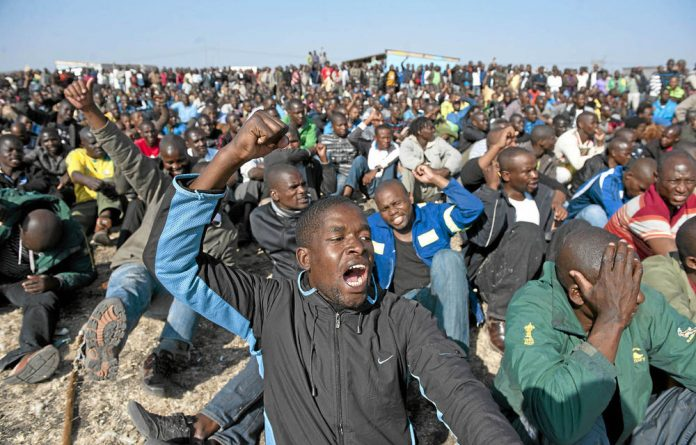 Lonmin's miners are demanding R12 500 wage.