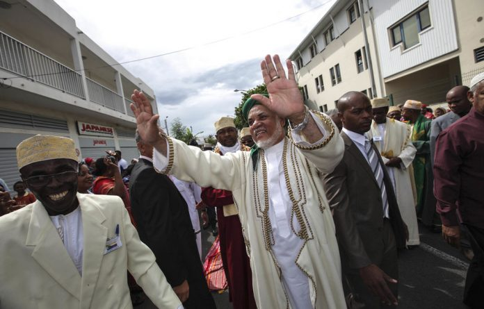 Comoros President Ahmed Abdallah Mohamed Sambi is accused of receiving a 'gratuity' of $105-million for signing off on a dodgy deal