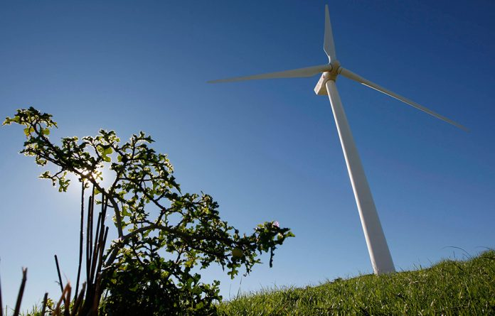Wind is generating 660MW of energy and