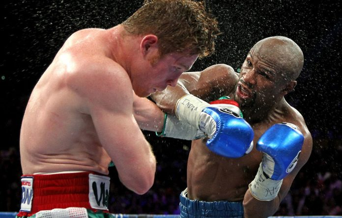Floyd Mayweather stretched his unbeaten string to 45 straight fights when he beat Saul Alvarez