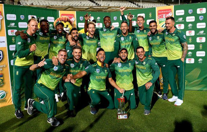 The Proteas celebrate their 5-0 whitewash series victory over Sri Lanka