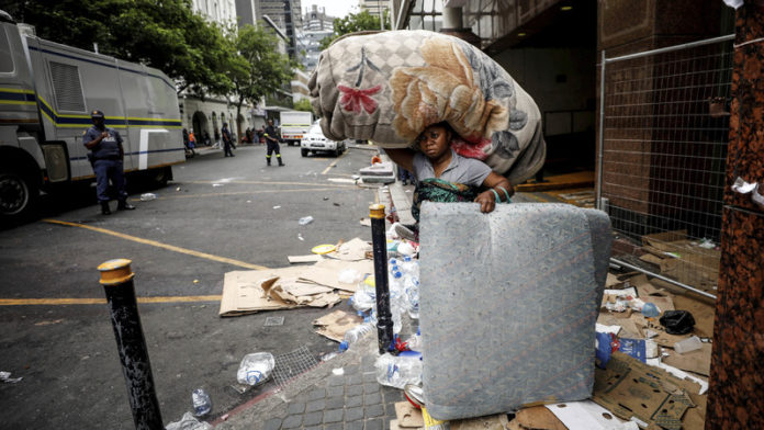 Cape Town police action against refugees under scrutiny