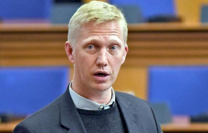 Cape Town's mayoral committee member for Safety and Security ​JP Smith could face the axe as the Democratic Alliance's deputy caucus leader in the City of Cape Town.