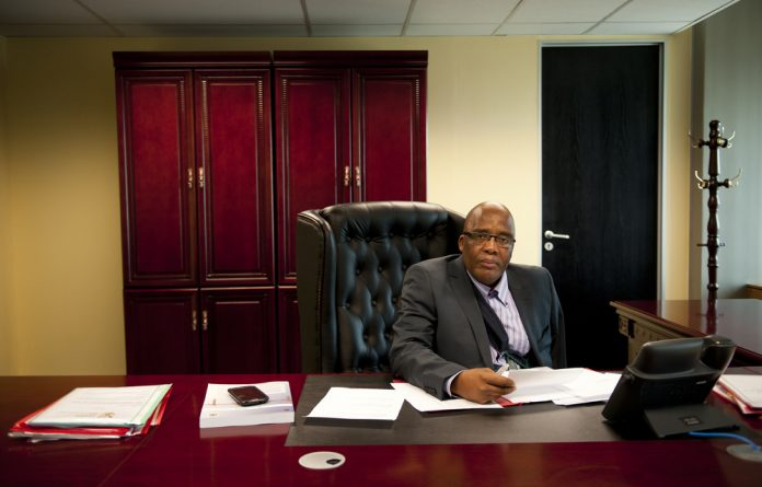 Xeno-denial: Home Affairs Minister Aaron Motsoaledi wants to review refugee regulations.